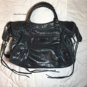 AUTHENTIC Black Balenciaga Classic City Bag